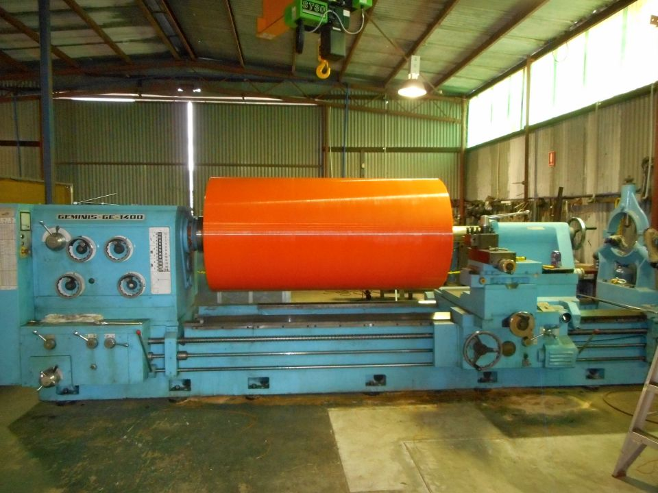 Conveyor Pulley - Machining to size - Large Pulley on Lathe 2